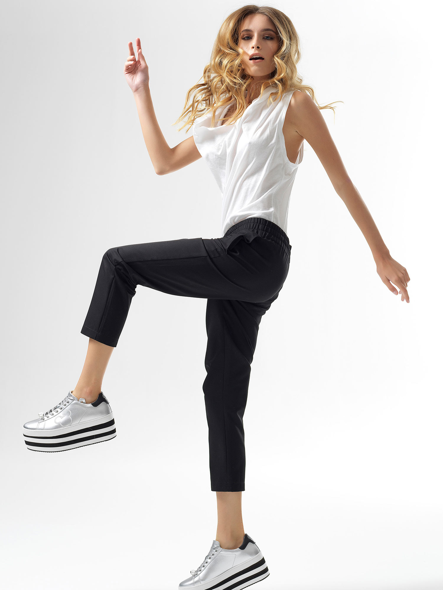 Meuccia Black Pants
